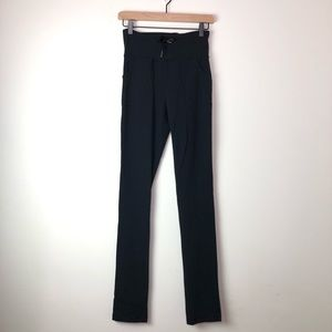 Lululemon Skinny Black Yoga Pants With Pockets